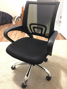 HIGH QUALITY and DURABLE office chair for sell! BRAND NEW!!