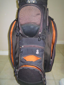 Golf bag in great shape Cambridge Kitchener Area image 2