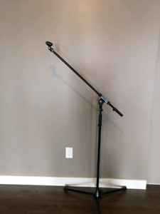Apex Microphone Stand