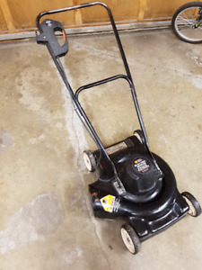 Electric lawn mower - Black and Decker