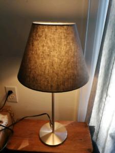 Cute table lamp!