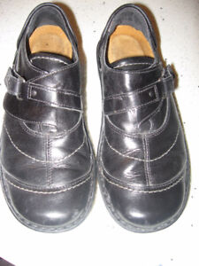 Romika Black Leather Shoes  Size 7