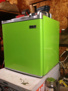 RCA Bar Fridge (kentville area)