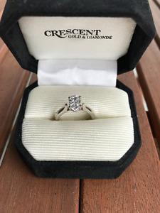 14 kt. White Gold  1.0 ct Diamond Engagement Ring-