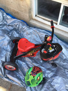 Toddler bike with 2 helmets