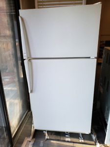 Kitchen set, plus washer/dyer (moving in, replacing)