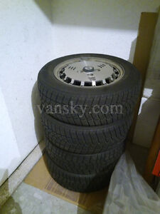 4 snow tires with Alloy rim 195/60r14