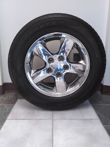 4 All-Season Tires & Rims (235/65R17) (Previously on 2004 Jeep)