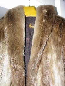 Manteau fourrure castor blond Gatineau Ottawa / Gatineau Area image 3