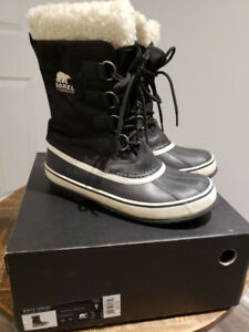 Sorel Women's Winter Carnival Winter Boots – Black
