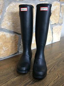 TALL BLACK HUNTER BOOTS size 8