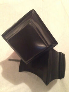 TWO BLACK SQUARE CURTAIN ROD   FINIALS