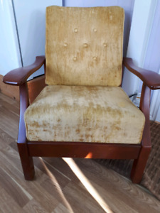 chaise ancienne tres confortable