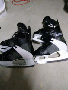 Two pairs boys youth skates sizes 5 & 6