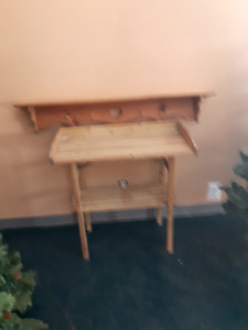 4ft wooden shelf