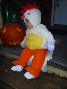 Old Navy Chicken costume 12m worn once