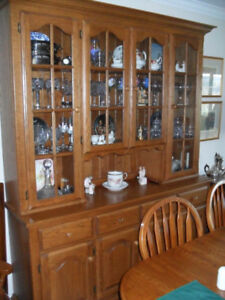 Oak Buffet,Hutch,Dining Table and 8 Matching chairs