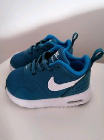3.5 Nike Airmax