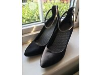 Black suede heels with gold ankle strap size 7/40