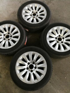 """16"""" BMW mags  with new centre cap +205 55 16 summer tires"""