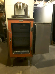 1927-1933 GM Monitor Top Refrigerator