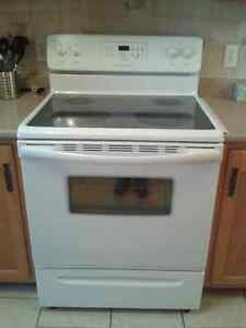 FRIGIDAIRE STOVE CERAMIC TOP
