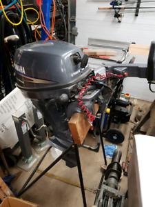 9.9 HP YAMAHA boat motor