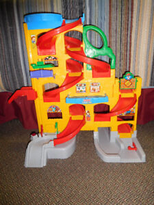 Fisher-Price Little People Play Rampway