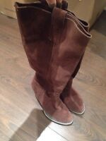 Nine West Beatles brown leather boots