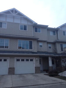 Okotoks Townhouse with lake access