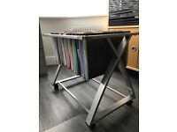Suspended filing free standing unit on wheels
