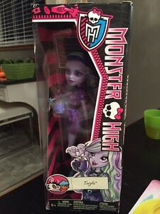 BNIB Twyla Monster High doll