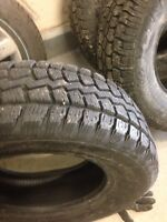 4 snow tires 235/70R16