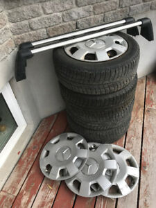 Michelin 205/55/R16 with rims & hubs for Mercedes B 200.