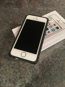 IPhone 5s. 16 GB Kingston Kingston Area image 1
