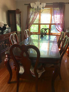 ---Moving Sale--- Extendable Wood Dining Set