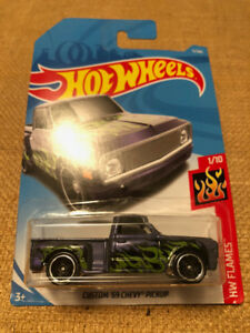 HOT WHEELS CUSTOM '69 CHEVY PICKUP AOYTM PURPLE 1/64 DIES CAST