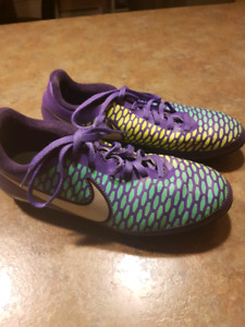 Soccer Cleats Set Size 4 Youth