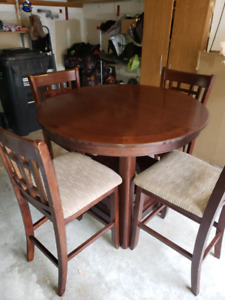 High Kitchen Table - Pub Style Price is $200 O.B.O