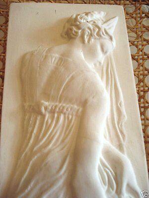 Stucco Relief aus Stuckgips  -  Stuck 101-208 Aphrodite - Venus