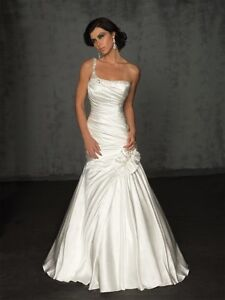 On Shouldered bridal gown by Allure bridals