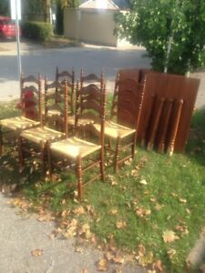 Dining/Kitchen table & 6 chairs set