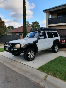 2010 Nissan patrol turbo diesel 4x4 5spd decked out adventurer