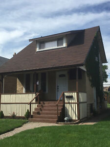 OPEN HOUSE SUN SEPT/25 1-3 1053 Elsmere near Erie $94,900
