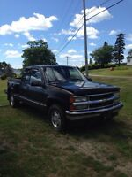1995 Chev Step Side Z-71 Club Cab Pick up truck