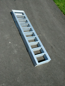 6' trifold loading ramp