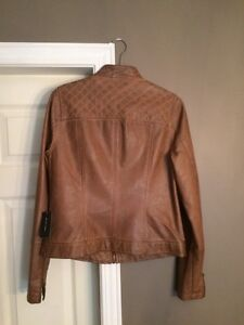 Lord and Taylor Fitted Faux Leather Jacket New Kitchener / Waterloo Kitchener Area image 4