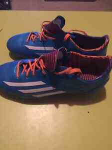 Unisex Adidas F-50 soccer cleats Kitchener / Waterloo Kitchener Area image 1