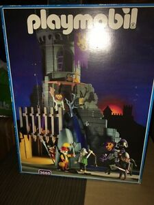 Playmobile Forbidden Castle