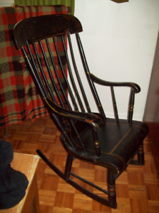 ANTIQUE ORIGINAL PAINT AND HAND PAINTED DESIGN ROCKING CHAIR